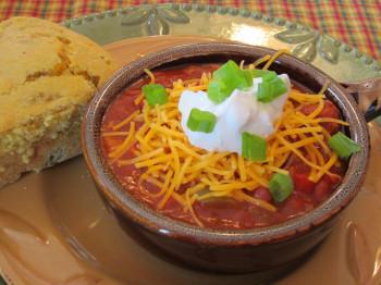 Corn-bread-and-chili