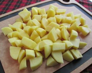 Potatoes cut lg